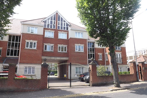 Chartwell Place, Junction Road, Romford, Essex, RM1 3BF